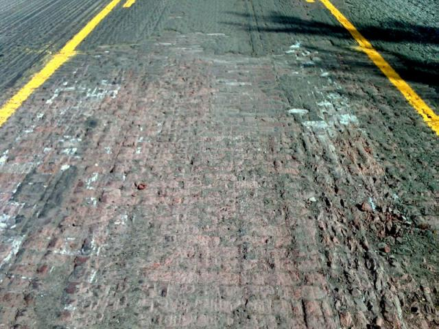 6th Avenue Resurfacing - Brick Pavers